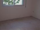 مساحة 100م طابق اول تتكون من غرفتين نوم وحمامين ومطبخ