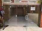 محل تجاري داخلي في مجمع تطوير العقارات في الجاردنز رقم ١٤٥