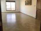 للبيع شقة طابقية أرضية في طبربور بمساحة واسعة وطلة خلابة من المالك مباشرة