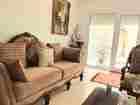 للبيع شقة طابق أرضي مفروشة بالكامل ضمن كومباوند بديرغبار بسبب السفر