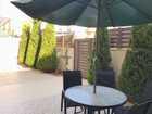شقة ارضية فخمة للبيع في قرية النخيل