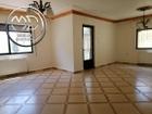 شقة ارضية للبيع الجاردنز مساحة 160م مع ترس 25م تشطيب سوبر ديلوكس وبسعر مغري