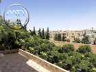 شقة شبه ارضي للبيع الجاردنز مساحة 190م مع حديقة 150م تشطيب سوبر ديلوكس اطلالة جميلة
