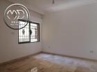 شقة ارضية جديده للبيع الجاردنز مساحة 120م مع ترس 30م بسعر مناسب