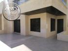 شقة ارضية جديده فارغة للايجار خلدا مساحة 200م مع ترس 40م تشطيب سوبر ديلوكس