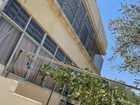 بيت مستقل  من طابقين مساحة الطابق ٢٠٠ متر على أرض مساحة دونم.