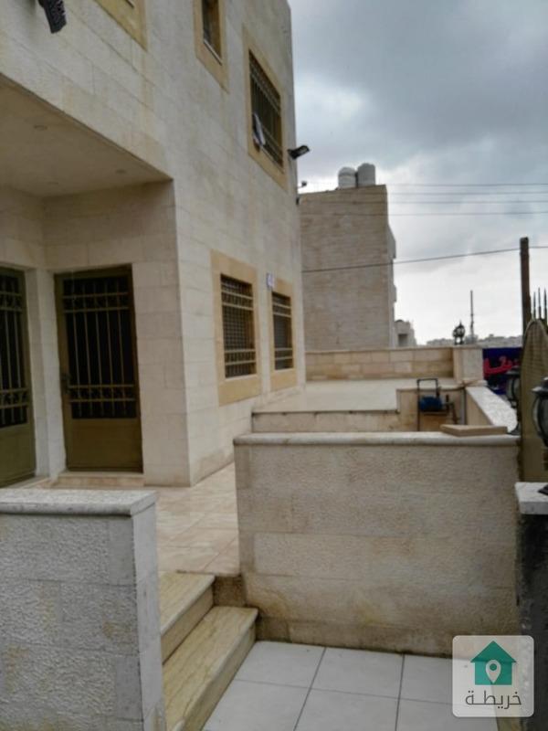 عمارة سكن اسثمارية مؤجرة في النصرعلى شارعين