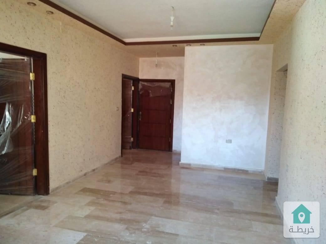 شقة طابق أرضي مدخل مستقل للبيع