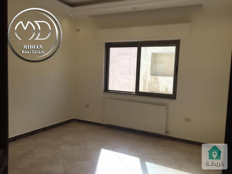 شقة جديدة فارغة للايجار- الأمير راشد قرب دوار البريد - مساحة 180م - طابق ثاني .