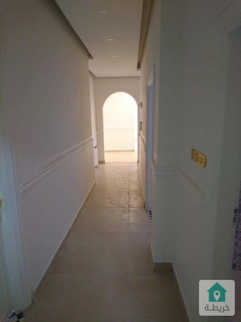 شقة في عبدون للبيع