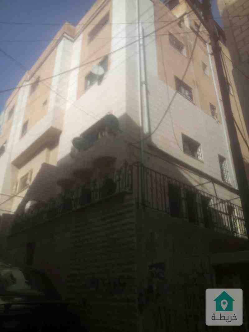 الطيبة شارع الجمعية قرب مركز العطاء الطبي  بالقرب من مدرسة البنات الثانوية