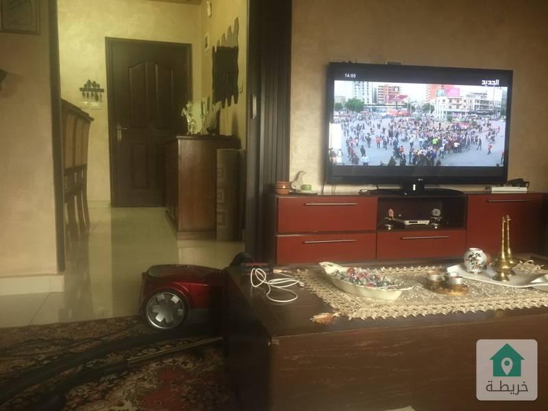 عمان الاردن  الجندويل  خلف فندق لارسا  بجانب بيت السفير الاماراتي