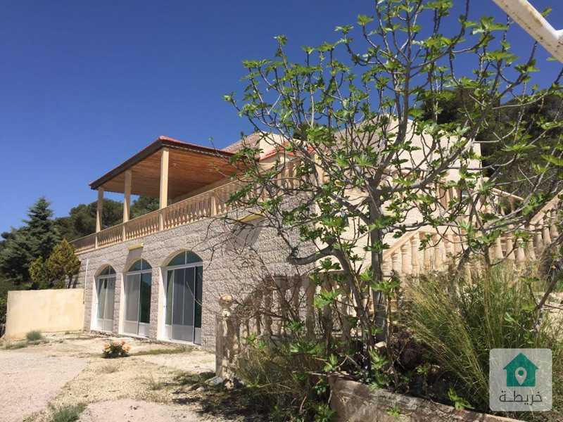 مزرعة بموقع مناسب ومطلة على الأراضي الفلسطينية مع فيلا و بيت الحارس