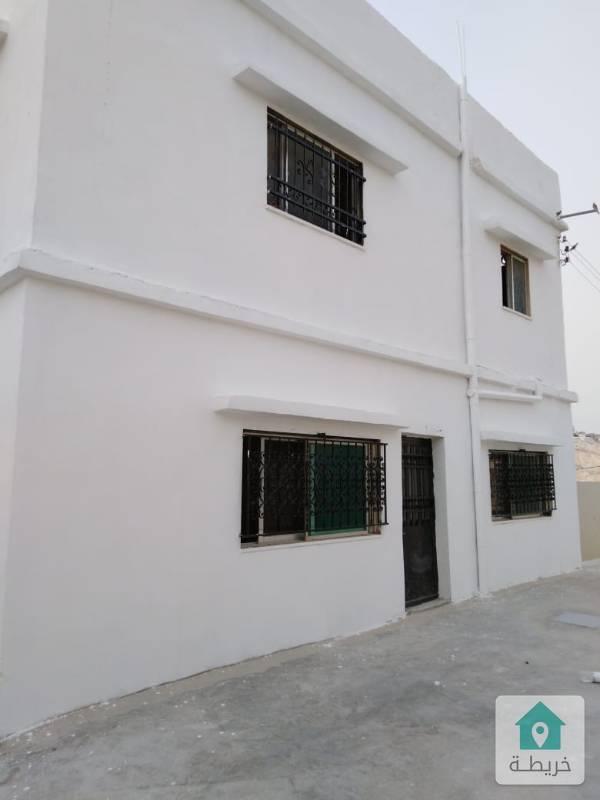 منزل 3 شقق للايجار بالكامل او بالشقة مع ساحات 300م2يصلح ايضا روضه قرب الجسر الجديد0788229310