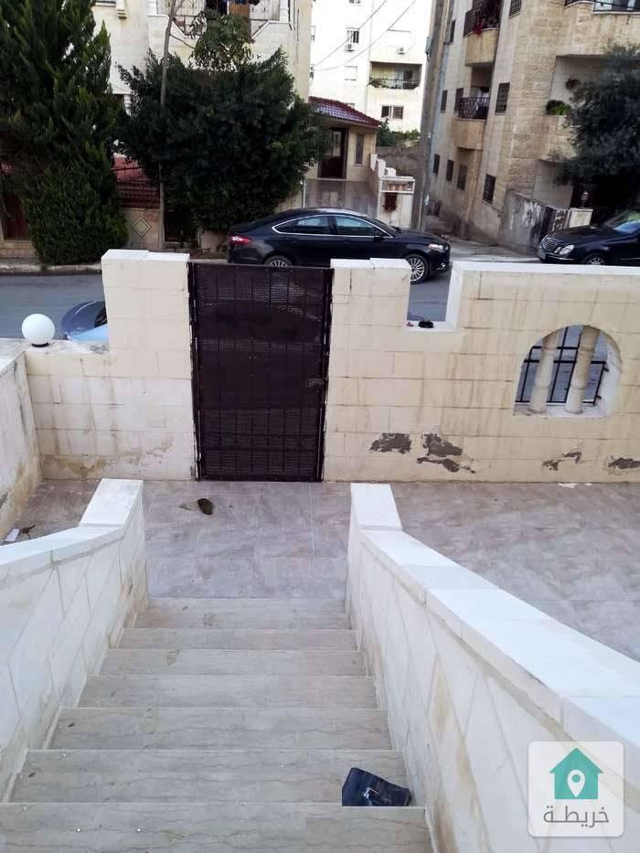 شقه للبيع شبه بيت مستقل اربد الحي الجنوبي قرب مسجد عليا التل