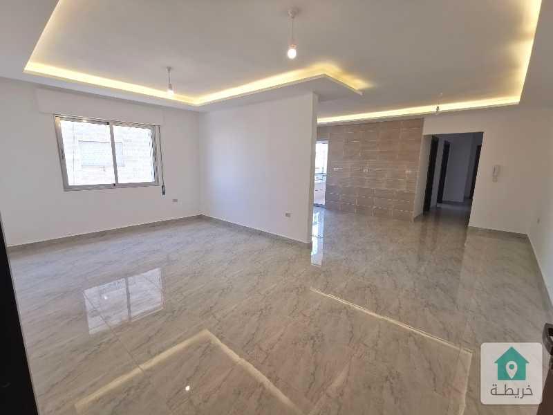 شقق مميزة للبيع مساحة 115م2 في أول مرج الحمام بالقرب من الظهير