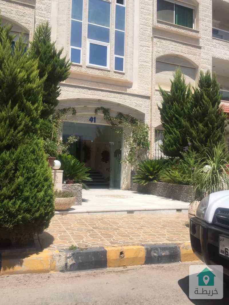 شقة للبيع خلف السفارة الصينية - الرابية من المالك مباشره