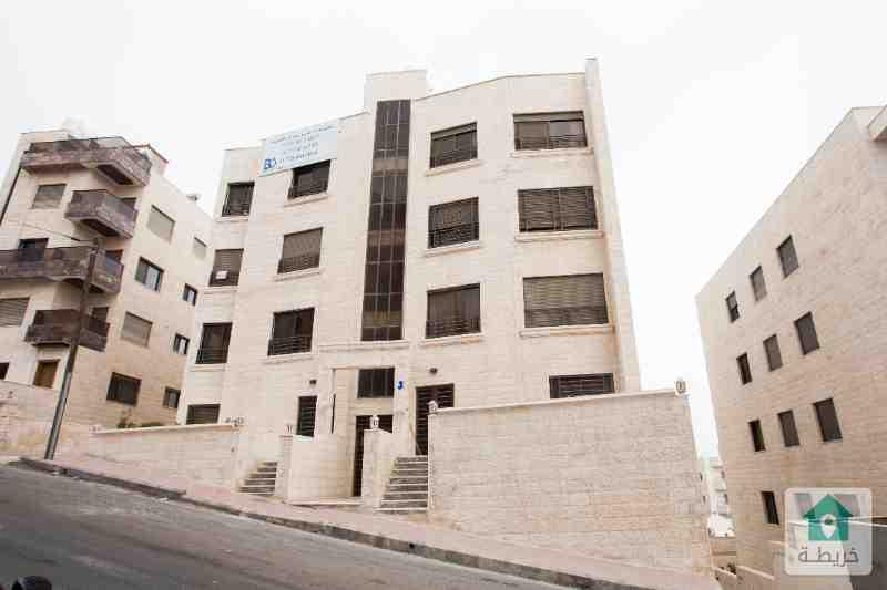 شقة للبيع  في اجمل مناطق الجبيهة طلوع المغناطيس طابق ثالث مساحة 160 متر