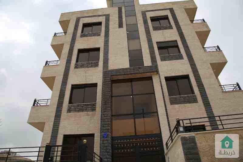 شقة شبه ارضي في اجمل احياء ابو علندا مساحة 115متر + حديقة 17 متر تشطيبات فاخرة