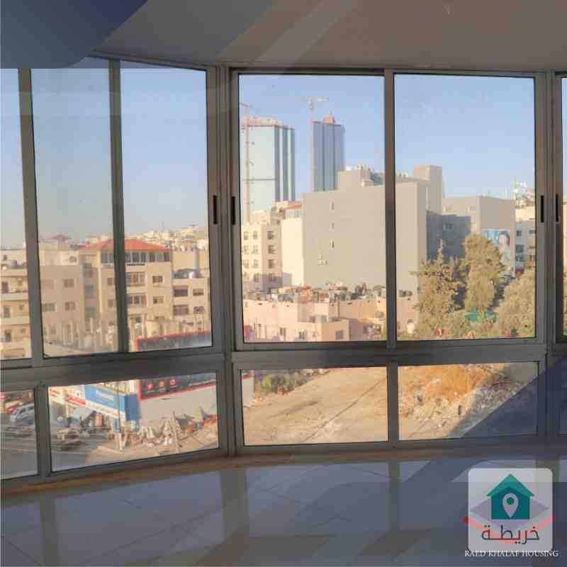 مكتب مساحة 80م للبيع في منطقة السابع شركة رائد خلف للاسكان
