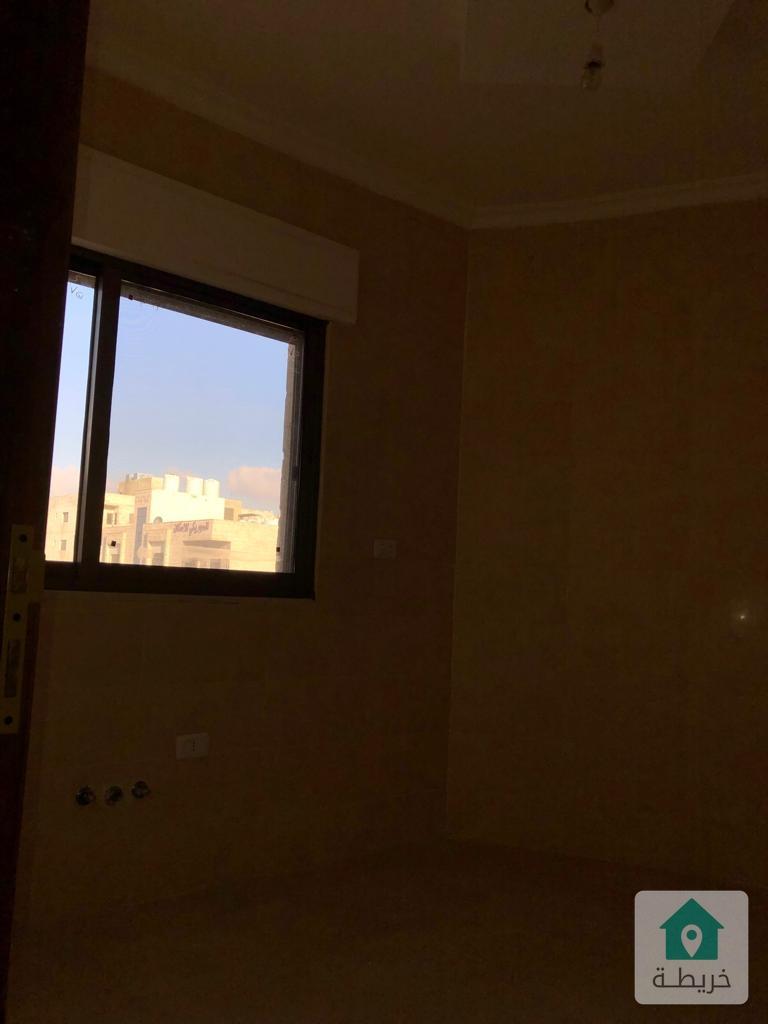 شقة ١٣٢ مار ذات اطلالة مميزة . في ابو نصير على شارع الاردن مباشرة للبيع