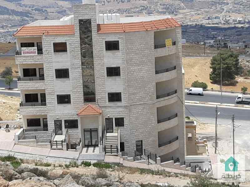 شقة ١٤٢ متر ابو نصير على شارع الاردن مباشرة للبيع