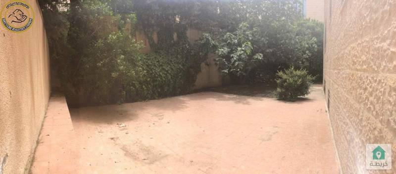 شقة ارضية دوبلكس مميزة للبيع في ام اذينة 270م مع حديقة 150م