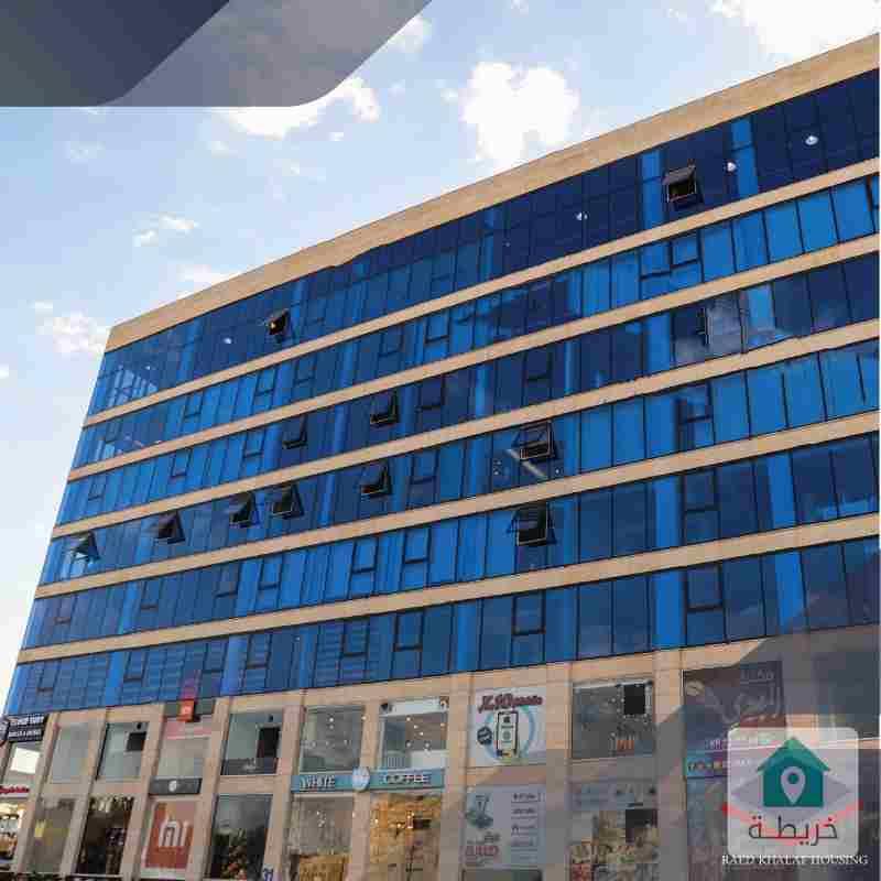 محل تجاري للايجار شارع عبدلله غوشه 31م شركة رائد خلف للاسكان
