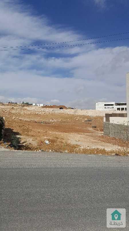 ارض للبيع في طبربور ٥٠٠ م مميزه على شارعين للبيع طبربور قرب الجامعه الاسلاميه