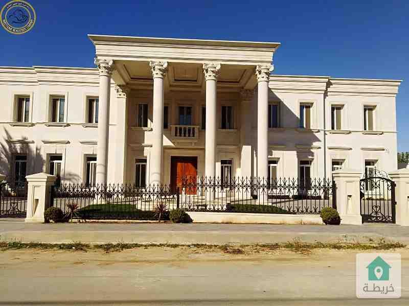 قصر فاخر للبيع في اجمل مواقع دابوق قرب مسجد الحسين لم يسكن.