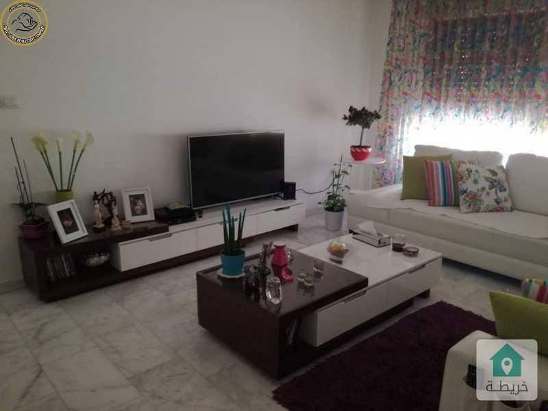 شقة مفروشة مميزة للبيع في خلدا قرب الهمشري طابق ثالث 200م.