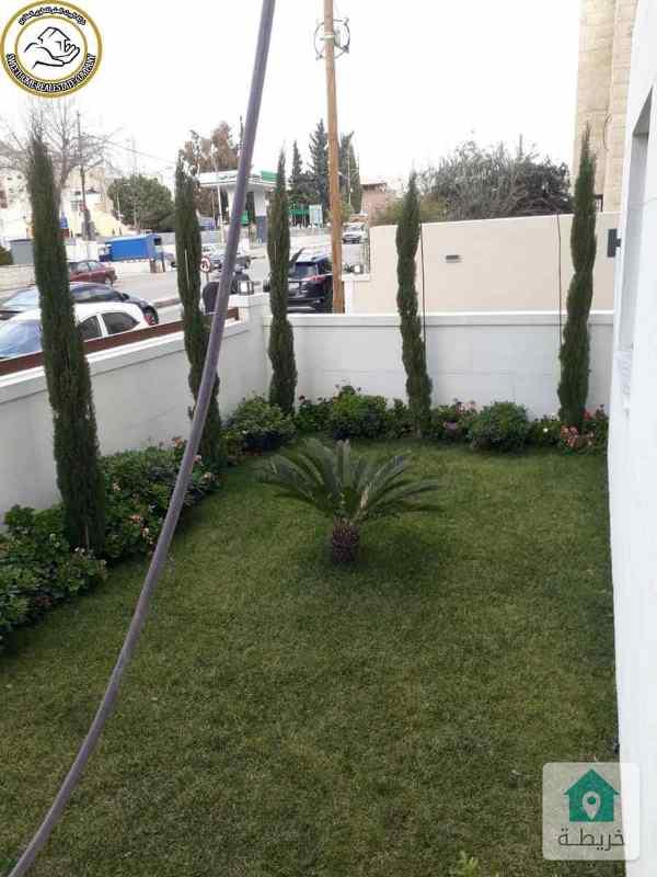 شقة ارضية طابقية فاخرة للبيع في تلاع العلي 170م مع حديقة 210م.