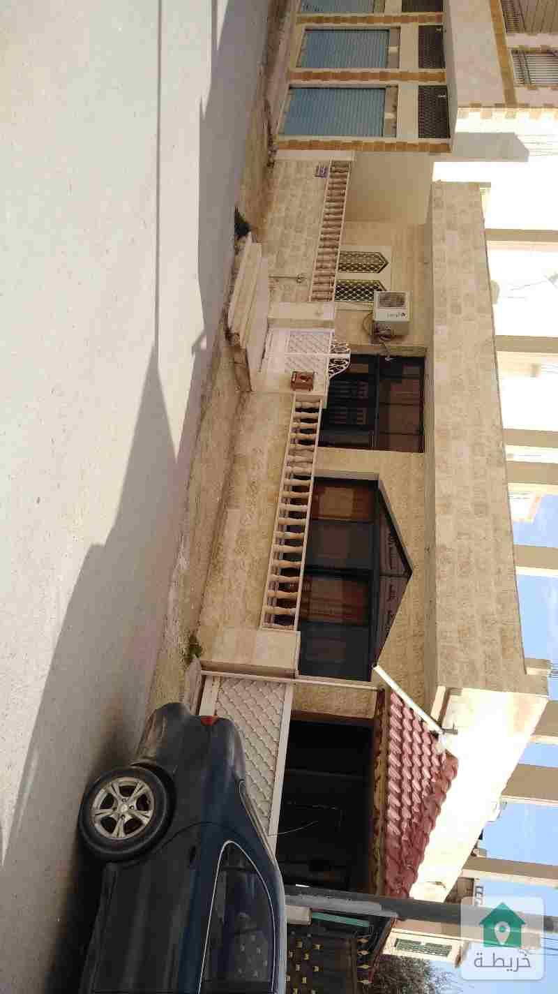 بيت مستقل للبيع في الزرقاء الجديده مقابل انس مول