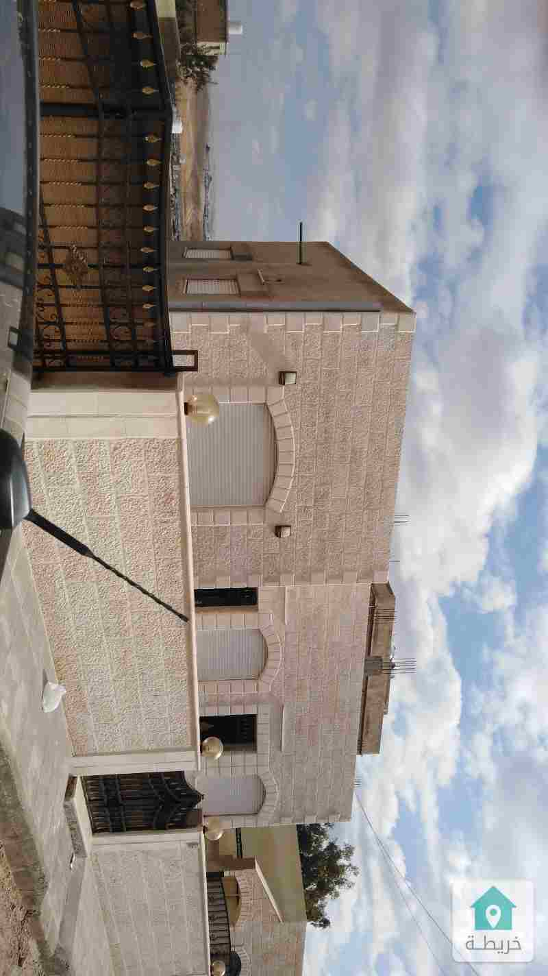منزل مستقل للبيع في الزرقاء الجديده بالقرب من مسجد الاخوه