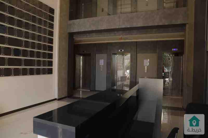 عيادة للبيع 83م مقابل المركز العربي رائد خلف للاسكان