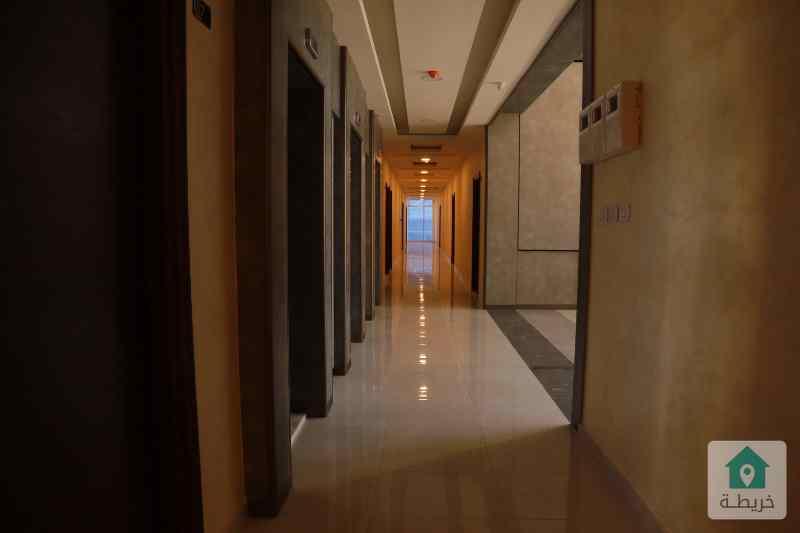 عيادة للبيع 95م مقابل المركز العربي رائد خلف للاسكان
