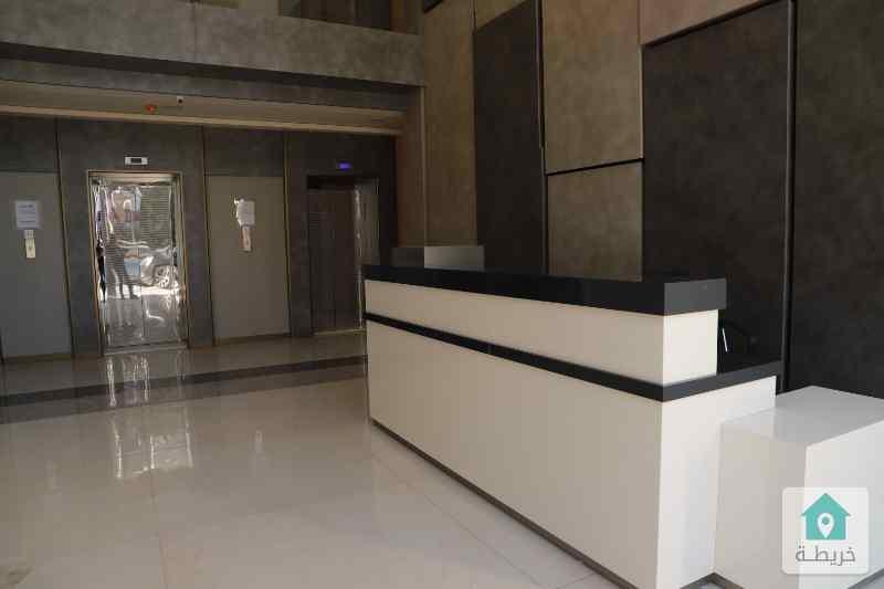 عيادة للايجار 64م مقابل المركز العربي رائد خلف للاسكان