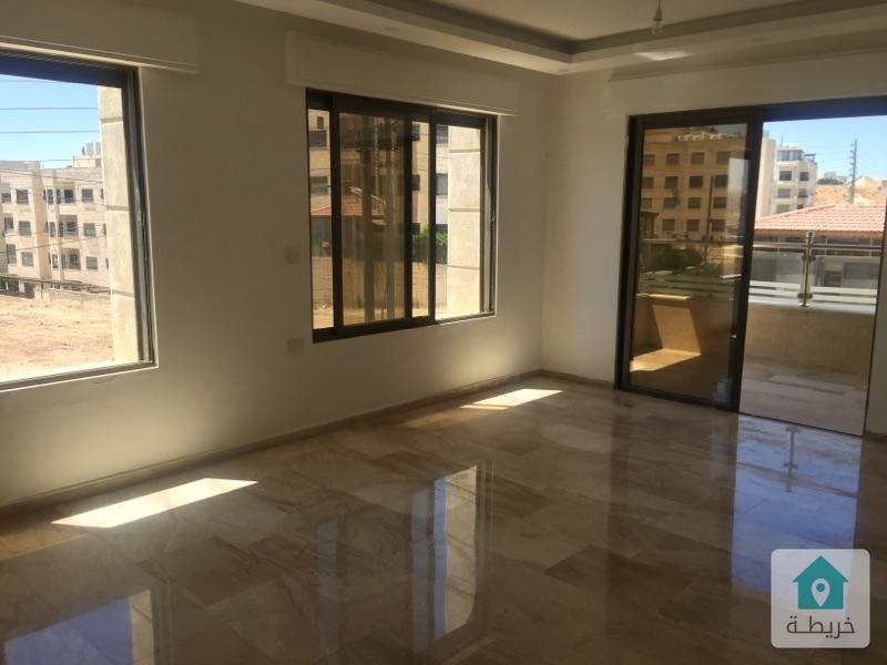 شقة للبيع في خلدا بلقرب من مسجد الهمشري ١٩٠ متر بسعر مغري