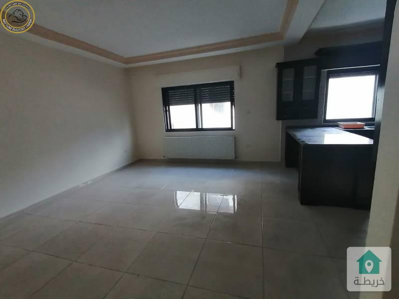 شقة للبيع في خلدا قرب اكاديمية عمان طابق اول 190م.