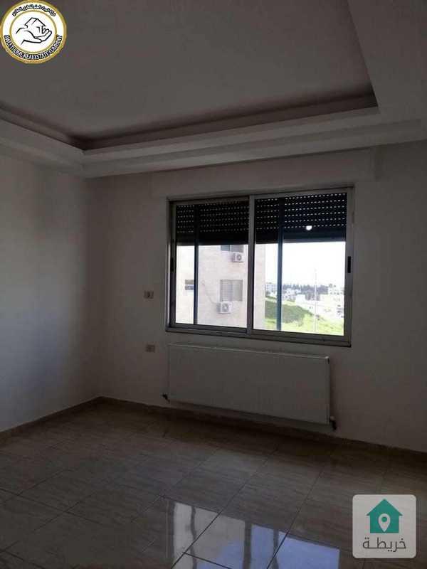 شقة مميزة للبيع في عرقوب خلدا طابق اول 150م بسعر 69000.