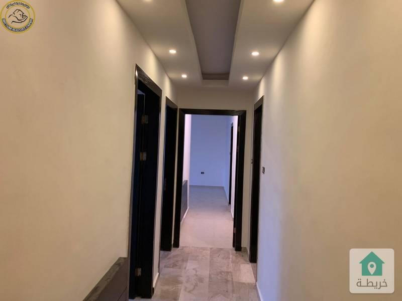 شقة مميزة للبيع في الرابية طابق ثاني 135م بسعر 80000 لم تسكن.