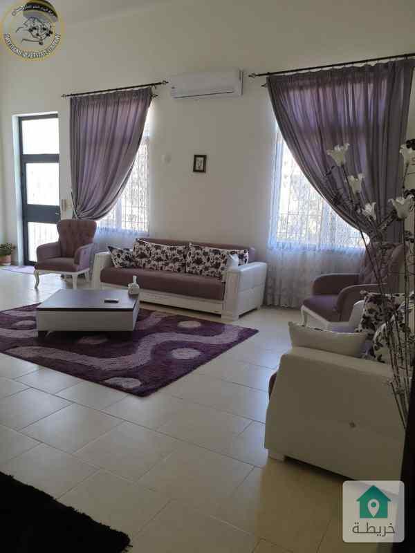 شقة ارضية طابقية مميزة للبيع في دابوق 220م مع حديقة وترسات 100م.
