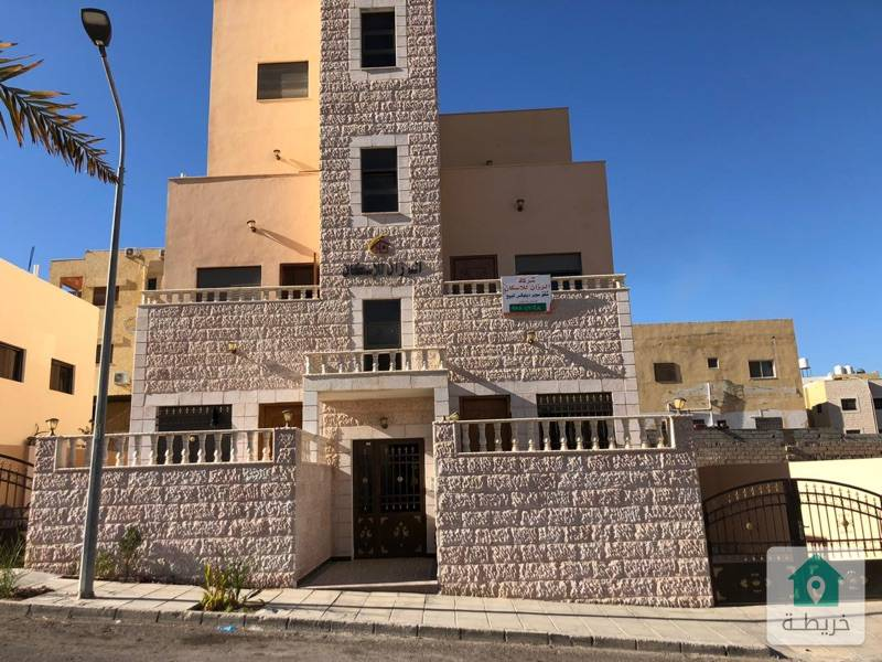 شقة طابقية الطابق الثاني منطقة التاسعة جمعيات