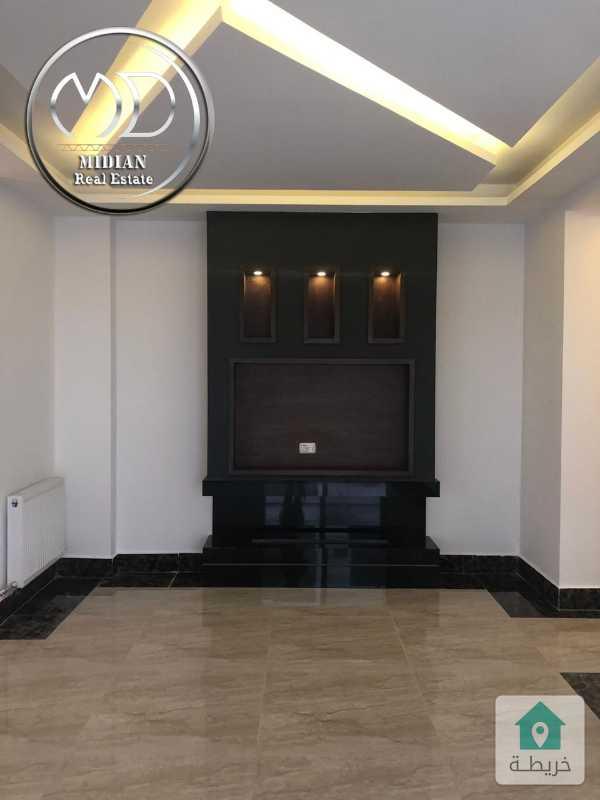 شقة أخير مع رووف جديدة للبيع - الصويفية - مساحة 265م - تشطيب فاخر.