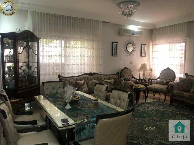 شقة ارضية فاخرة للبيع في الرابية 150م مع ترسات 80م بسعر 123000