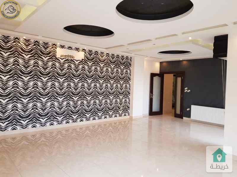 شقة فاخرة للبيع في الرابية طابق اول 210م بسعر 165000
