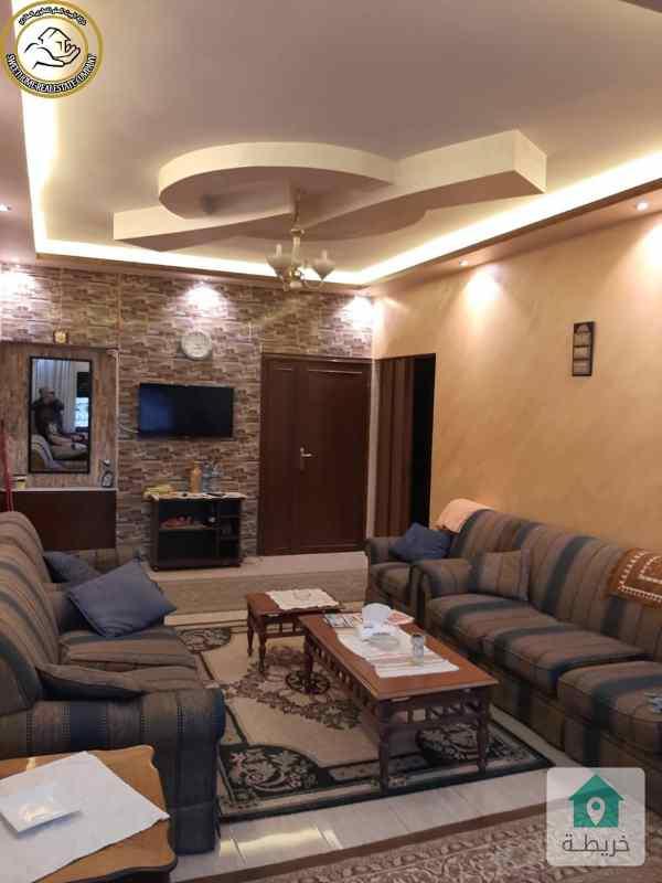شقة مميزة للبيع في الجاردنز طابق اول 135م بسعر 70000