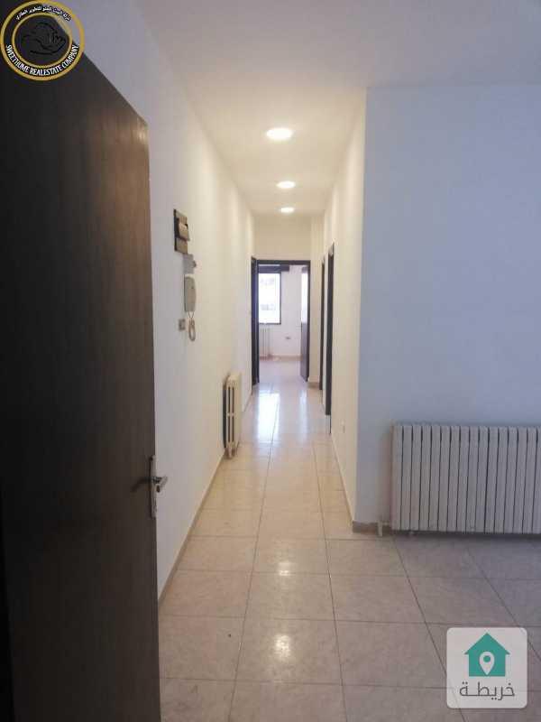 شقة مميزة للبيع في الجاردنز طابق ثاني 160م بسعر 74000