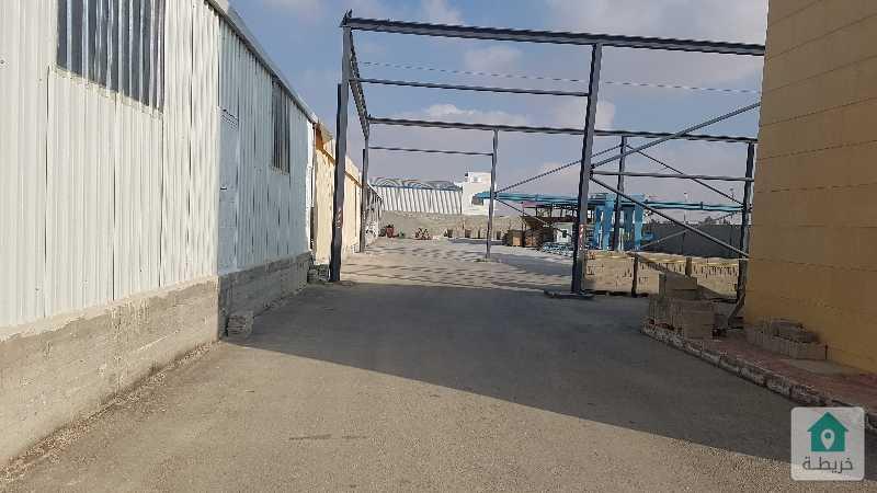 موقع صناعي مرخص في القسطل طريق الشحن الجوي