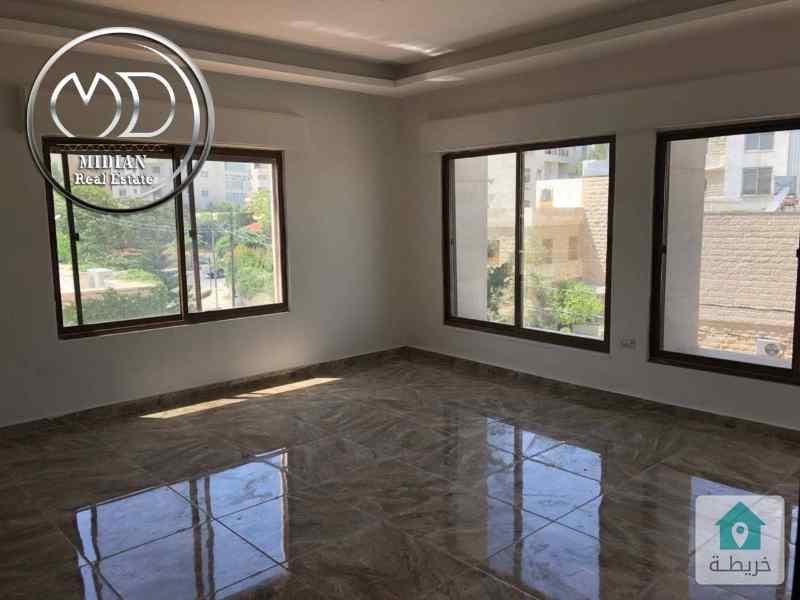 شقه ارضيه جديده - للبيع الامير راشد قرب شارع عبد الله غوشه - مساحه 90م تشطيب سوبرديلوكس .